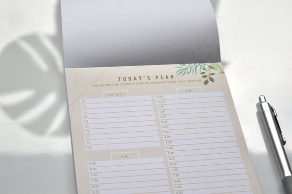 a5 spring leaves daily desk planner