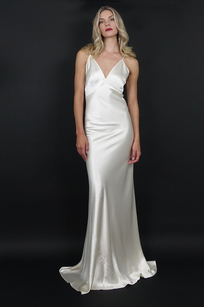 Classic Wedding Gown | Silver Moon
