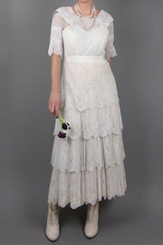 Clara Vintage Wedding Dress | Silver Moon