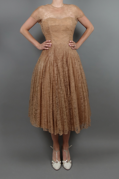 Vintage 1950 Caramel Lace Dress | Silver Moon