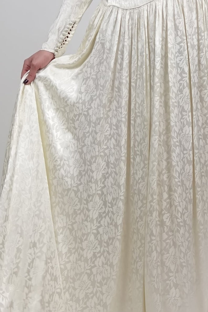 Silver Moon | Vintage 1940s Silk Print Wedding Dress - Detail