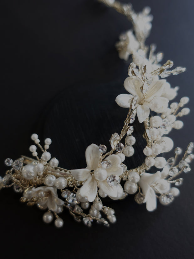 Large Floral Vine Hairpiece