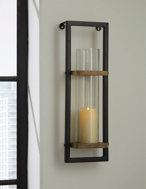 Colburn Signature Design by Ashley Sconce image