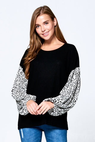 Leopard Sleeve Blk/Wht Top