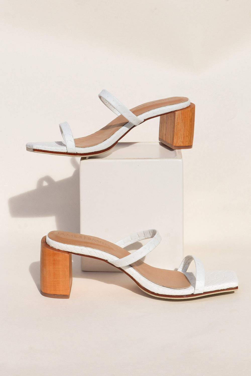 SHOES ***Sirenuse Strap Sandal - White Croc
