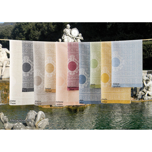 <transcy>PAIR OF LINEN MIXED MEDALLION TOWELS</transcy>