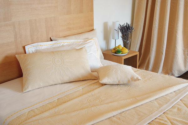 <transcy>SUN BEDSPREAD IN 100% PURE COTTON</transcy>