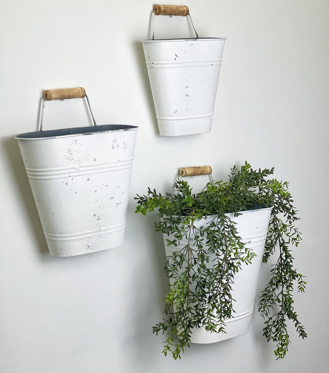 Wall Buckets Set\3