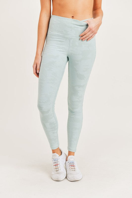 Textured Camo Legging