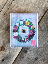 Load image into Gallery viewer, Print Block - Wreath with Bee