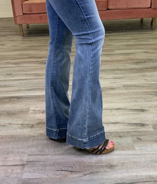 Plus/Reg Judy Blue Cute As Flare Jeans