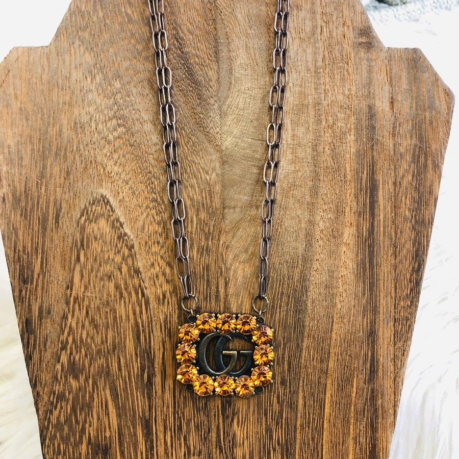 Vintage Link Necklace With Orange Gucci Button