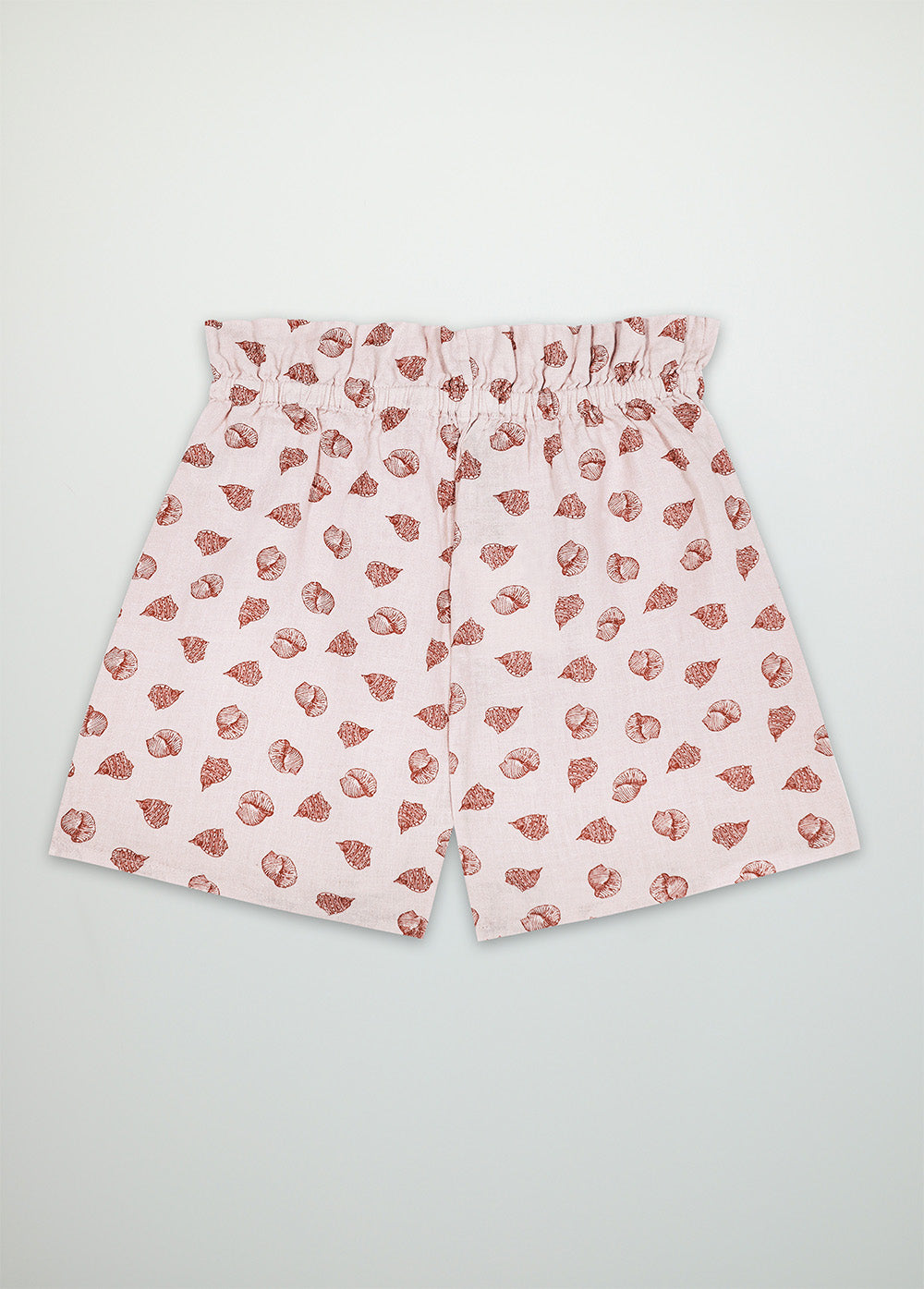 Carola woman short
