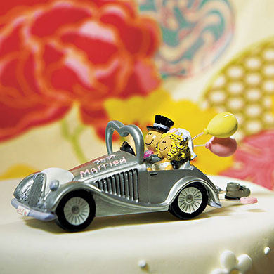 Just Married Couple in Car Cake Topper
