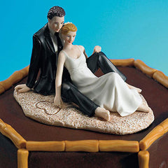 Romantic Couple Snuggling on Beach Cake Topper