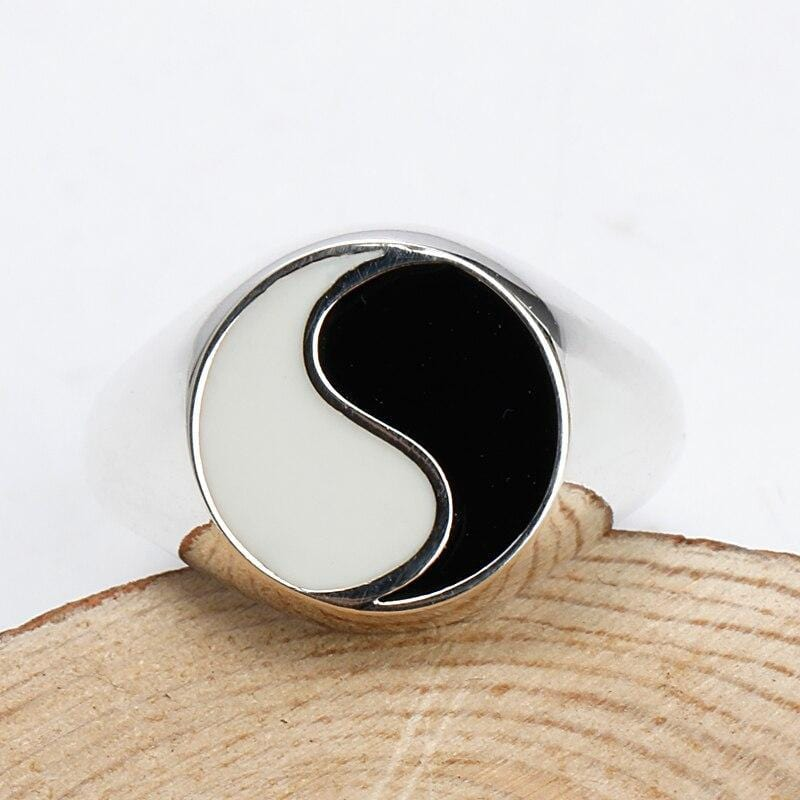 yin yang ring made of silver sterling