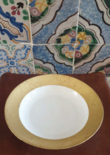 Load image into Gallery viewer, Gold Leaf Porcelain Plates