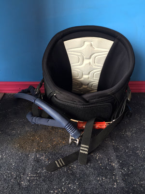 Used Dakine NRG Harness