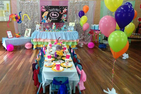 Alice in Wonderland Party Theme - Featured Party Blog