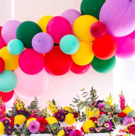 DIY balloon arch for a Nutella themed birthday party