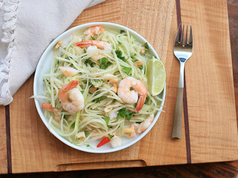 Vietnamese green papaya salad with prawns