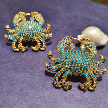 Load image into Gallery viewer, Aqua Blue Crab Claw Tops | Fine Jewelry