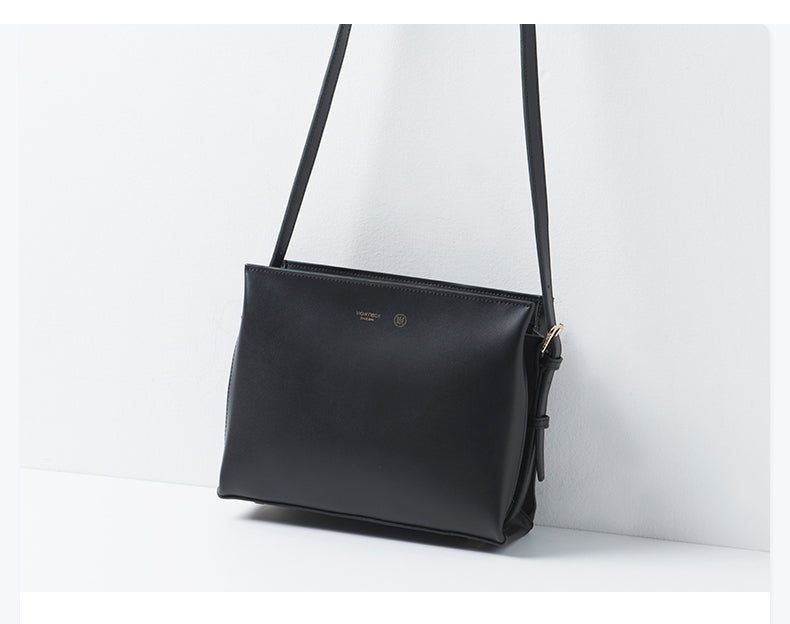 Zipped Messenger Leather Bag -SALE