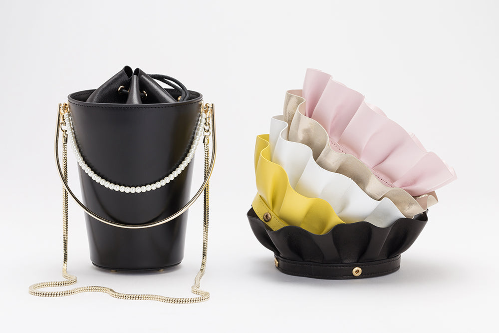 Bucket Bag With Frill | Black