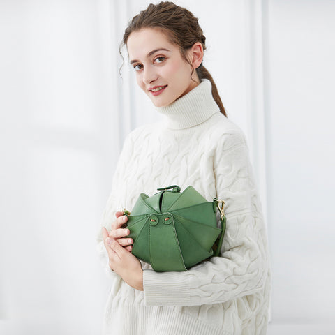 Small Geometric Cutout Bag | Green