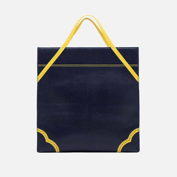 Shaped Leather Tote | Black