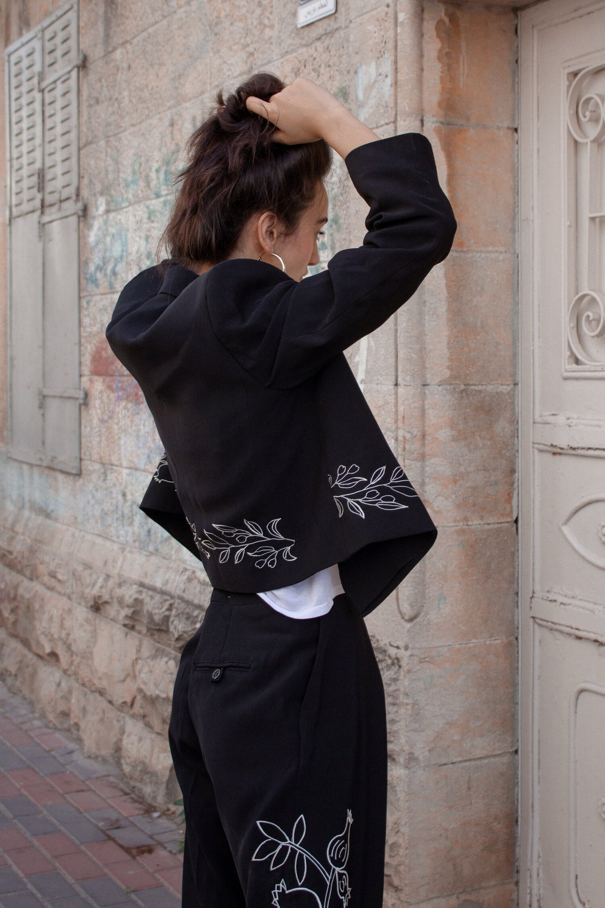 embroidered pant suit