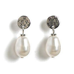 Jody Coyote Perla Pear Perl with Silver Circle Stud 11x8mm Earring