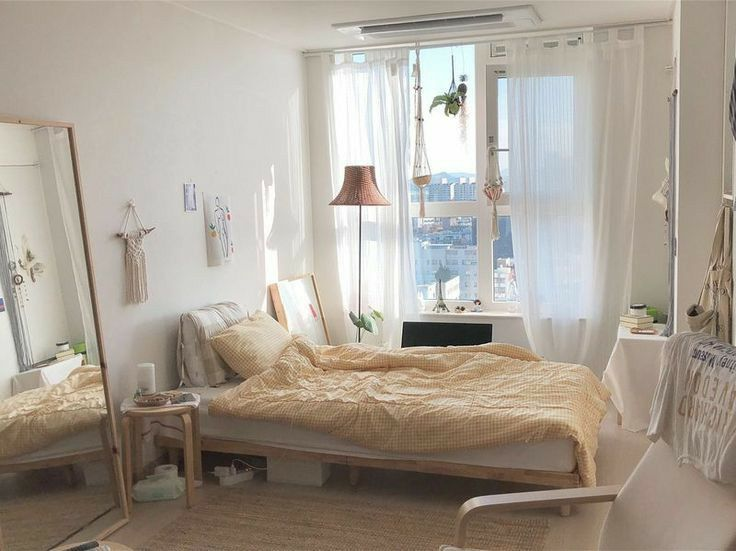 there are many styles of bedroom lights.