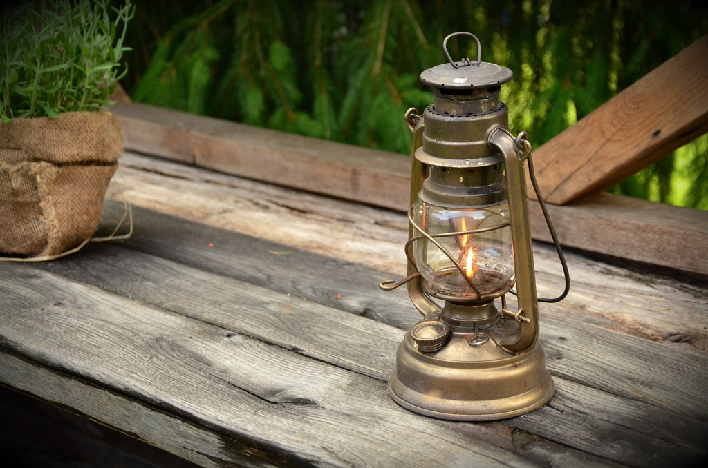 the origin and development of lamps and lanterns
