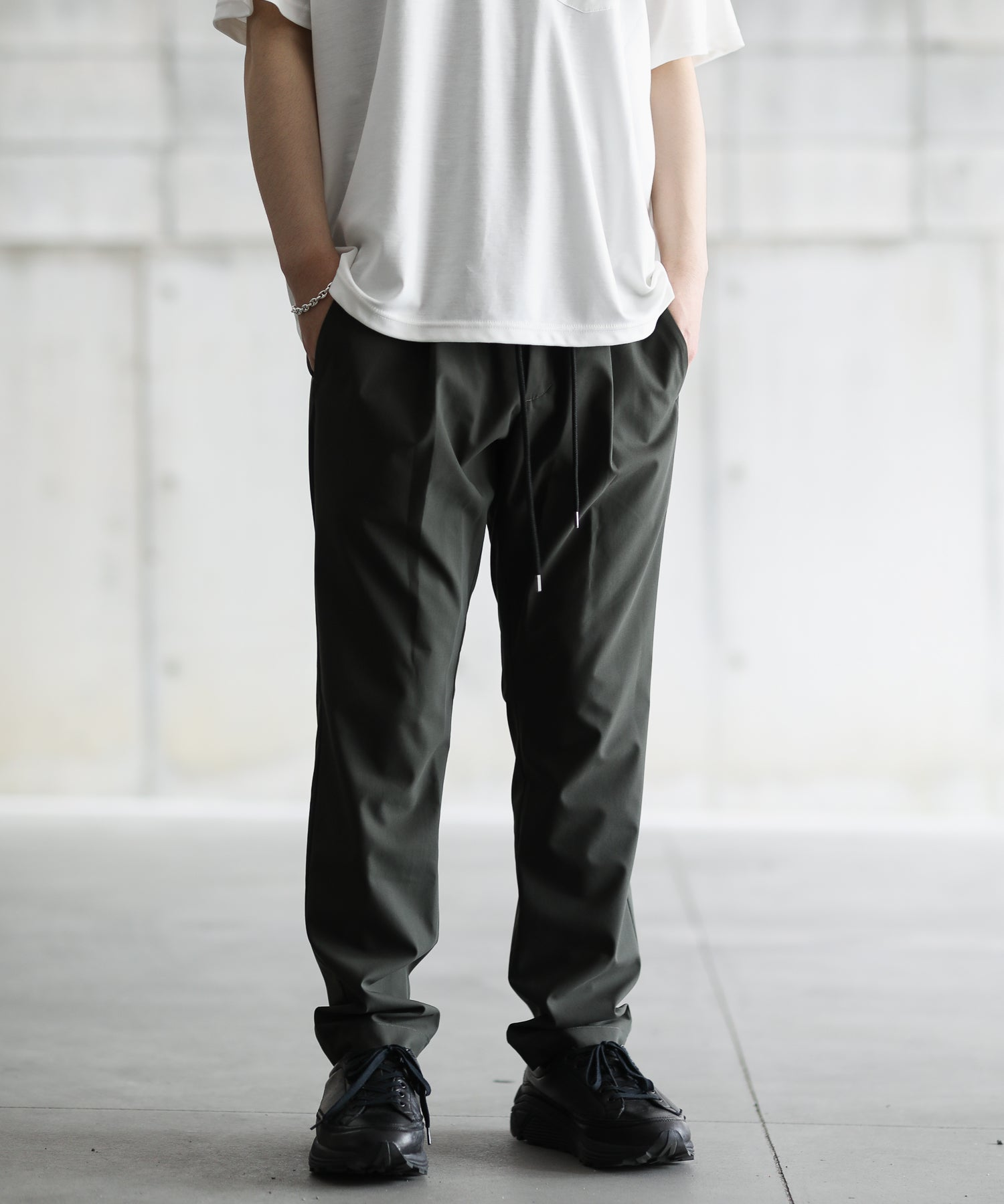 【ATTACHMENT】CO/PE PANAMA CLOTH 1TUCK PNT