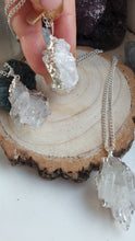 Load image into Gallery viewer, Clear quartz point necklace