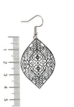Load image into Gallery viewer, Black Filigree Leaf Earrings