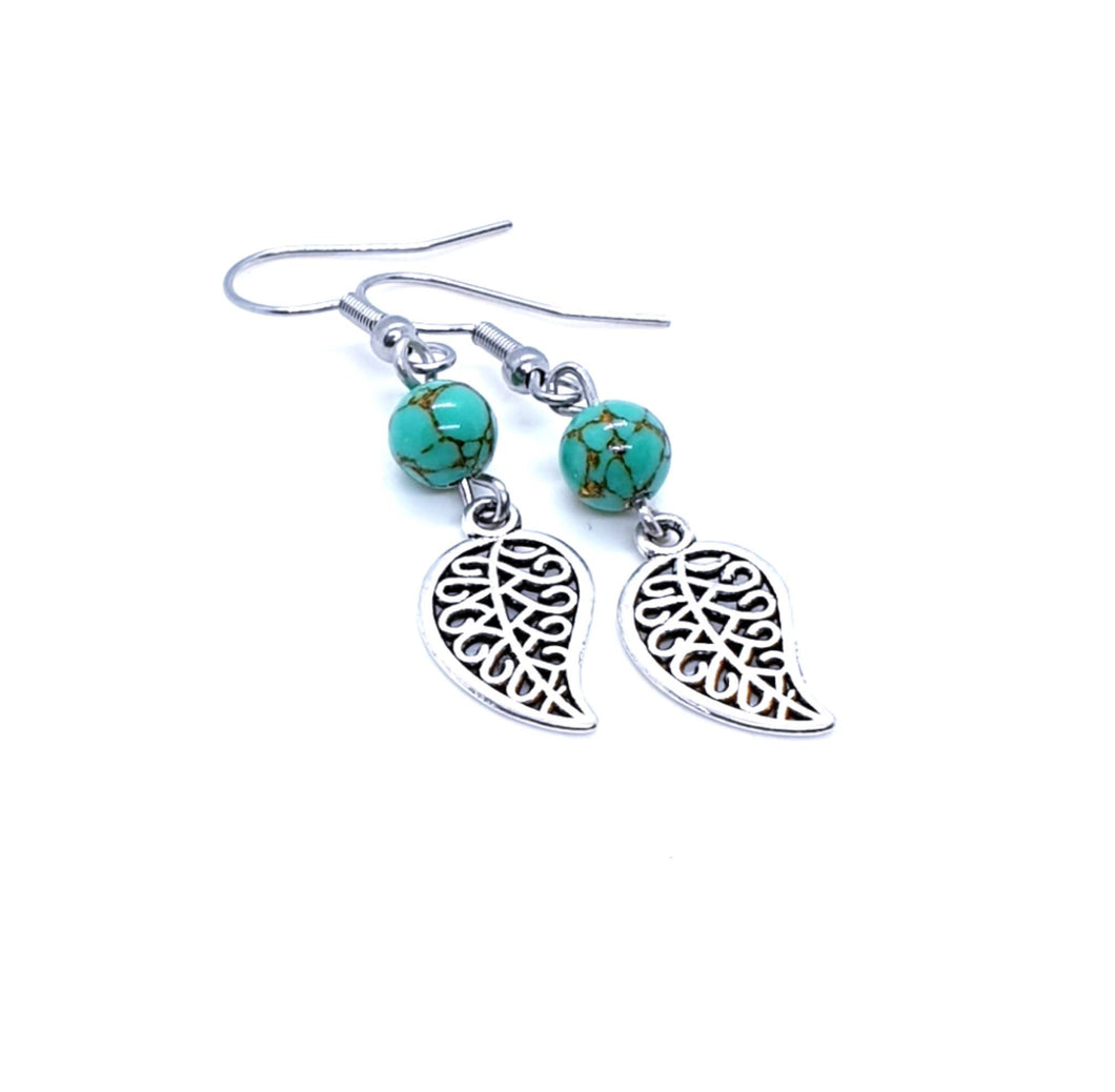 Silver Filigree Leaf Earrings / Leaf Earrings / Creations by Pip
