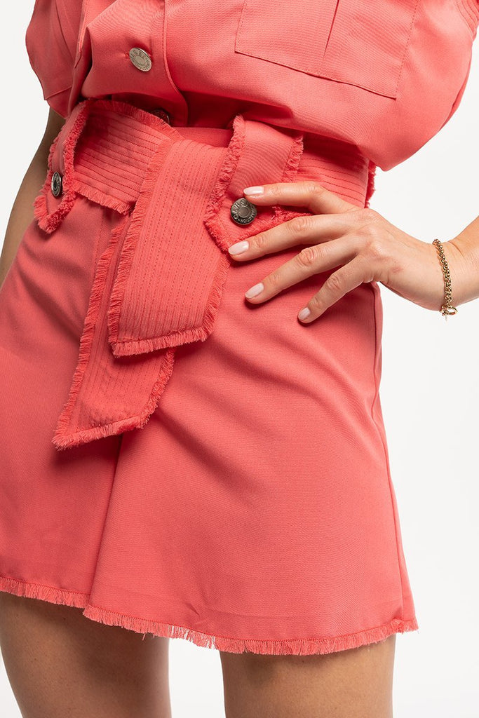 High-waist shorts with belt - Coral - CARSI Collection
