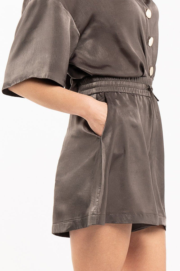 Satin fluid shorts - Khaki - CARSI Collection