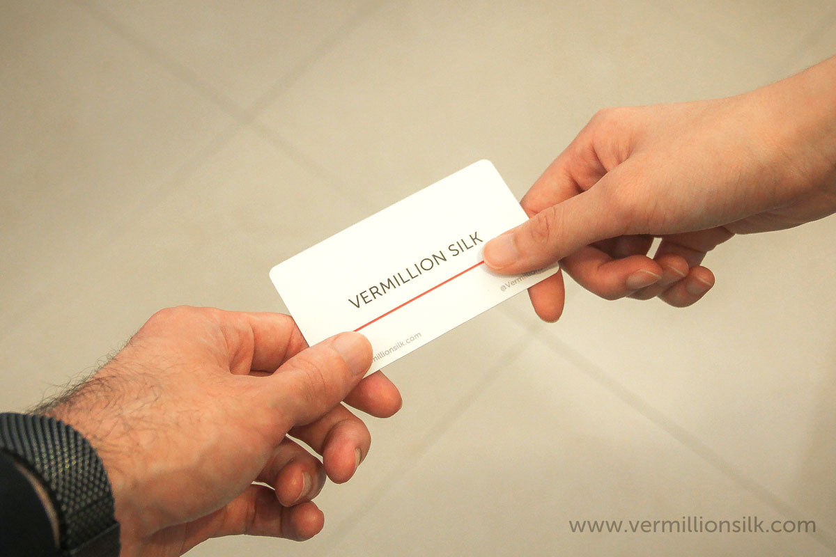 Exchanging a business card photo