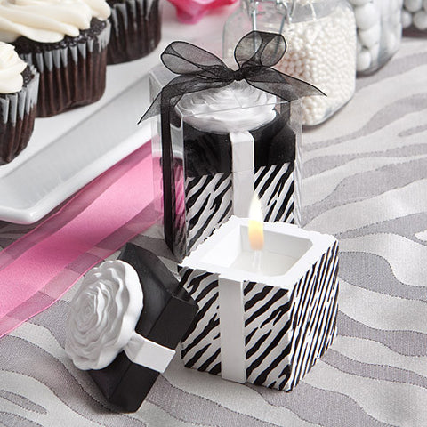 Black and White Scented Candle Favours
