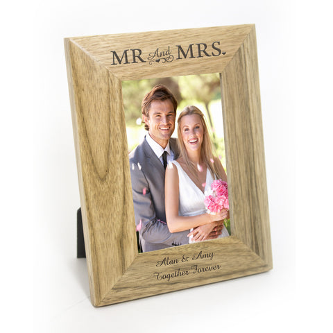 Personalised Mr and Mrs 6x4 Wooden Frame Gift