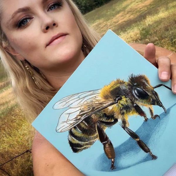 apiary artist lyndsey and honey bee painting