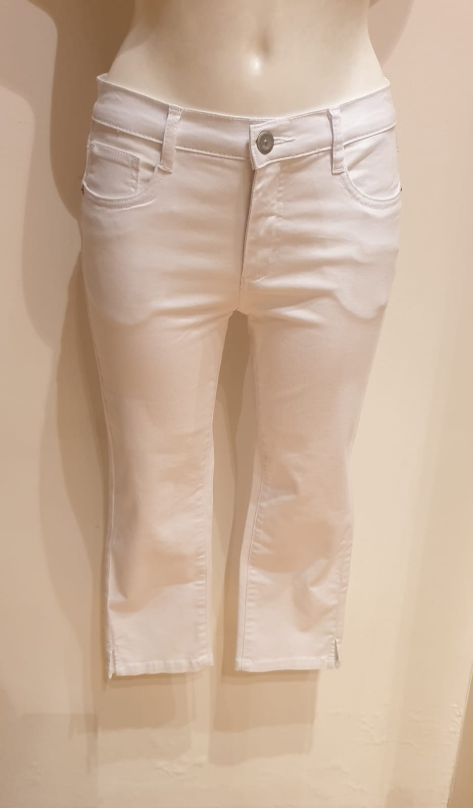 GEISHA CAPRI WHITE DENIM