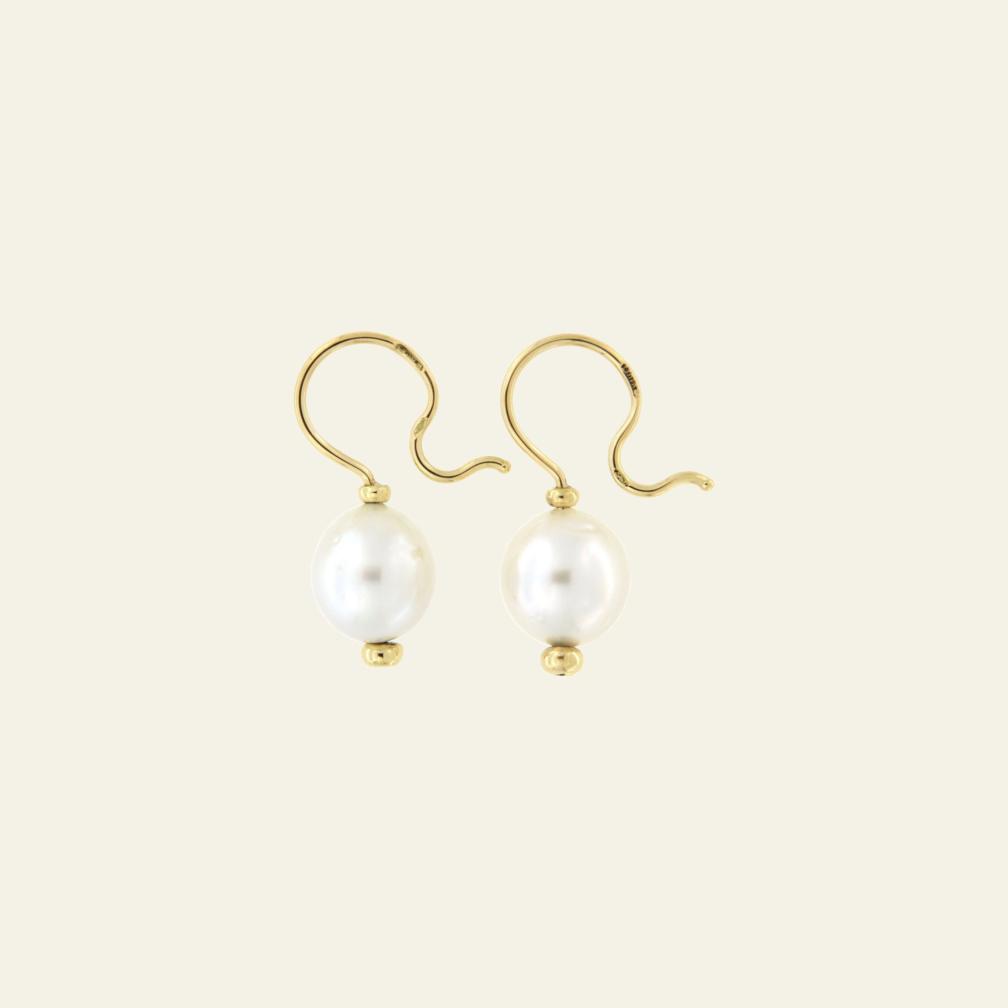 Orecchini Cielo <br /> esemplare N.32 <br /> Perle South Sea <br /> Oro Fairtrade 18k