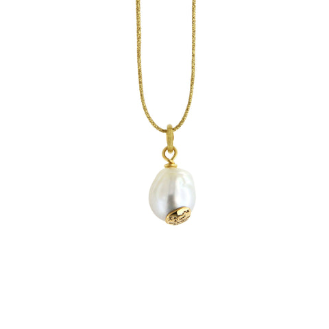 Collana <br /> Perla South Sea e Falsa Catena <br /> &quot;L'amore è un'avventura aperta&quot; <br />Oro Fairtrade 750