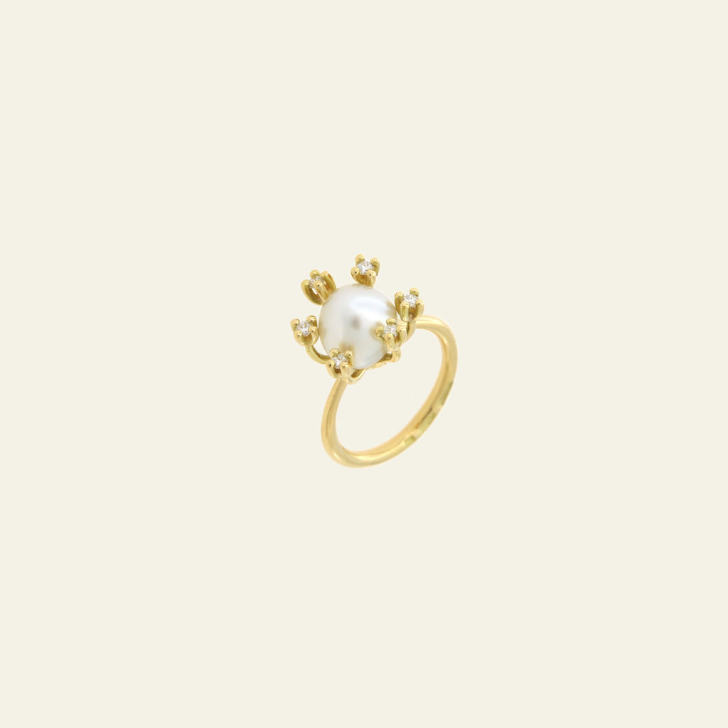"Anello con perla barocca South Sea <br /> ""Non so che II; <br /> Oro Fairtrade 18k"