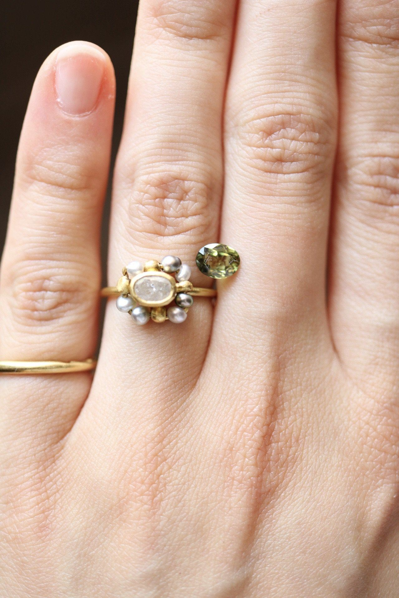 Anello Bizantino <br /> esemplare N.1 con zaffiro dal Central Queensland <br /> Oro Fairtrade 22k