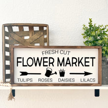 Lade das Bild in den Galerie-Viewer, Flower Market Farmhouse Holzschild Deko | FarmCharme